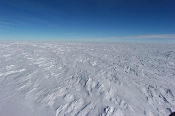 La glace couvre 98% de l'Antarctique — ©G.Picard